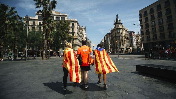 Участники акции сторонников независимости Каталонии в Барселоне - Sputnik Абхазия