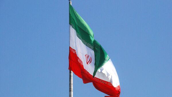 Флаг Ирана на одной из улиц Тегерана. - Sputnik Абхазия