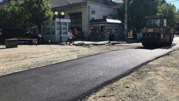 Улицу Абазинскую в Сухуме заасфальтируют ко Дню Победы - Sputnik Аҧсны