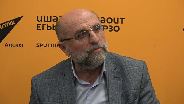 Десять премьер в год: чем Драмтеатр планирует удивить зрителей, рассказали в Sputnik - Sputnik Абхазия