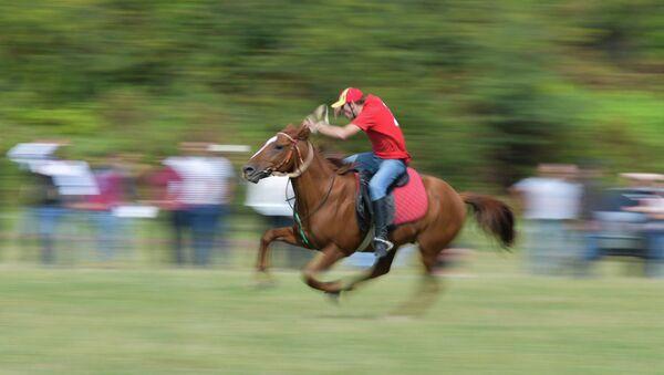 Конно-спортивные соревнования в селе Мыку - Sputnik Абхазия