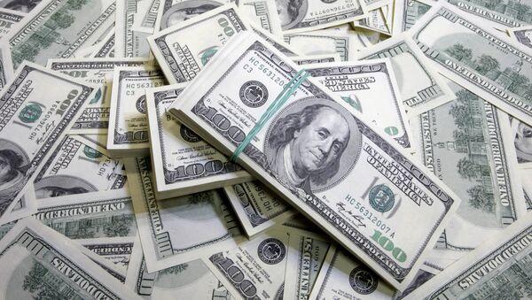 Денежные купюры: доллары США. - Sputnik Абхазия