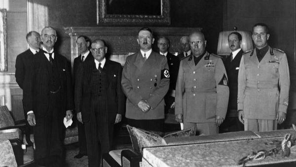 Перед подписанием соглашения о передаче Германии земель, входивших в состав Чехословакии, Мюнхен, 29 сентября 1938 года - Sputnik Абхазия