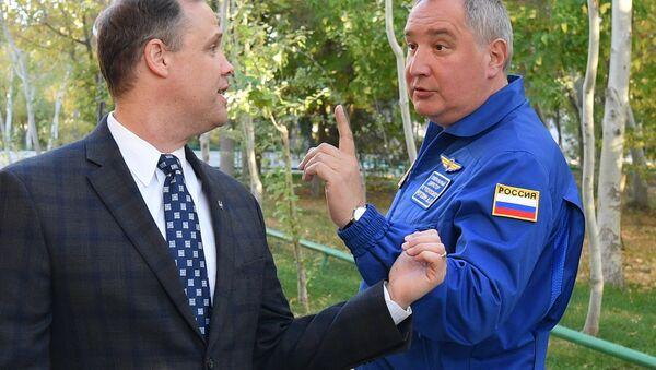 Глава Роскосмоса Д.Рогозин встретился с главой NASA Д. Брайденстайном - Sputnik Абхазия