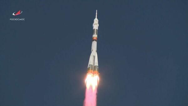Авария ракеты Союз МС-10 - Sputnik Абхазия