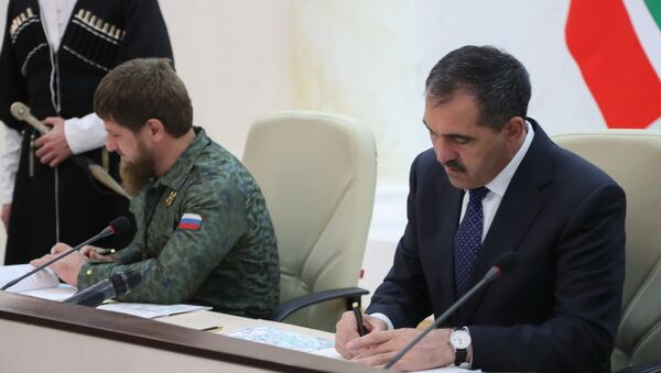 Соглашение о разграничении линии административной границы между Чечней и Ингушетией, подписанное главами двух регионов 26 сентября - Sputnik Аҧсны