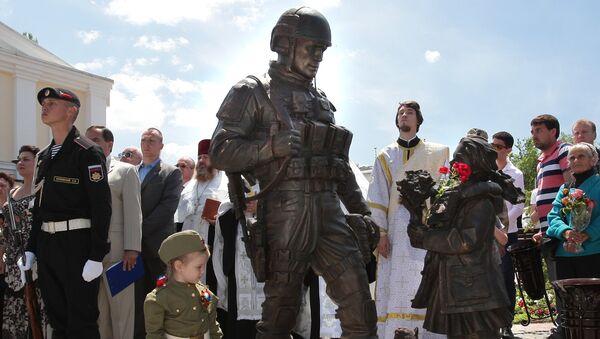 Открытие памятника Вежливым людям в Крыму - Sputnik Аҧсны
