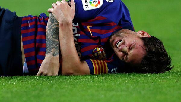 Игрок Барселоны Лионель Месси во время матча с Севильей - Sputnik Аҧсны