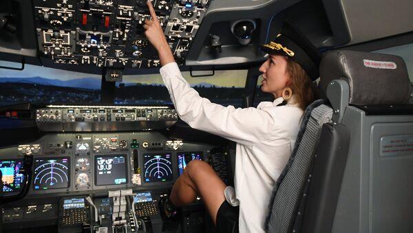 Открытие нового авиатренажера Boeing 737-800 Full Flight Simulator - Sputnik Абхазия