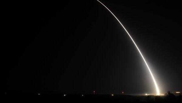 Тестовый запуск ракеты Minuteman III,архивное фото - Sputnik Аҧсны