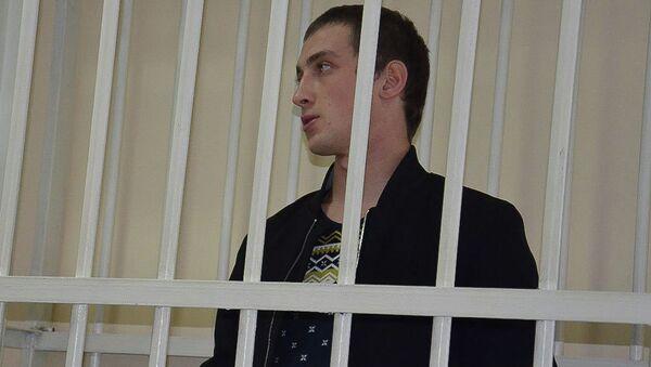 Заседание сухумского городского суда по делу Хаджарата Тарсмана, арестованного по факту ДТП, в результате которого погиб премьер Абхазии Геннадий Гагулия - Sputnik Аҧсны