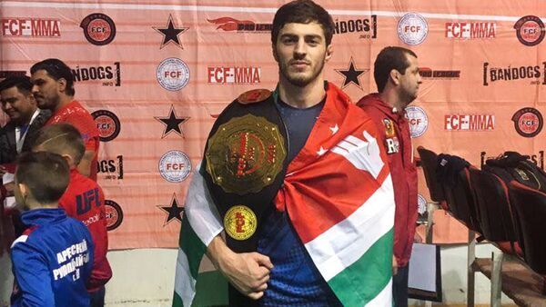Боксер Энри Агрба - Sputnik Абхазия