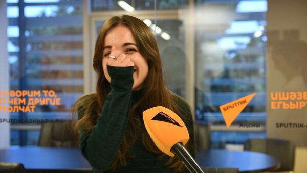 Не всем нужен логопед: забавное видео с абхазскими и русскими скороговорками - Sputnik Абхазия