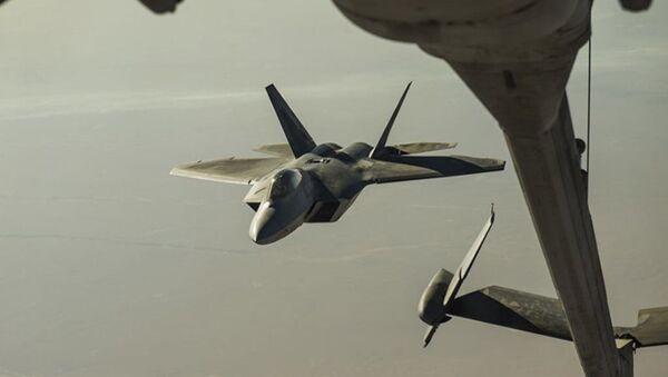 Американский истребитель F-22 Raptor - Sputnik Абхазия