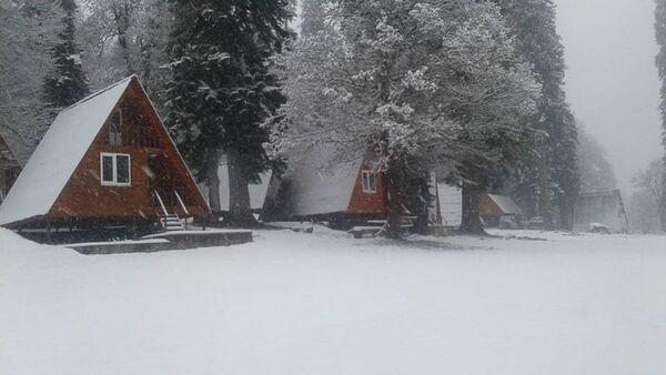 Пансионат Ауадхара, где выпал первый снег - Sputnik Аҧсны