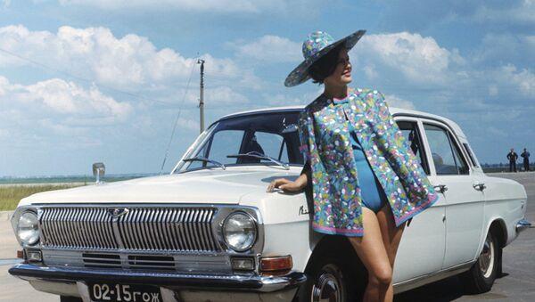 Реклама советского автомобиля ГАЗ-24 Волга - Sputnik Абхазия