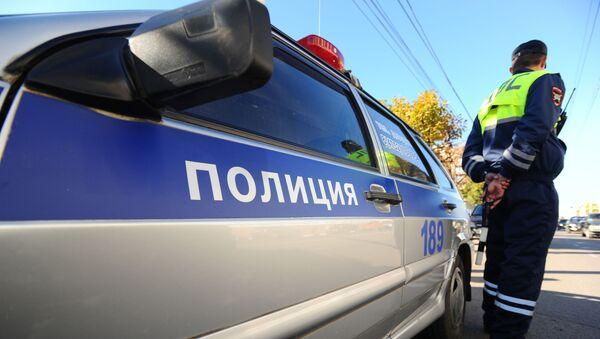 Инспектор Специального батальона ГИБДД на маршруте патрулирования - Sputnik Аҧсны