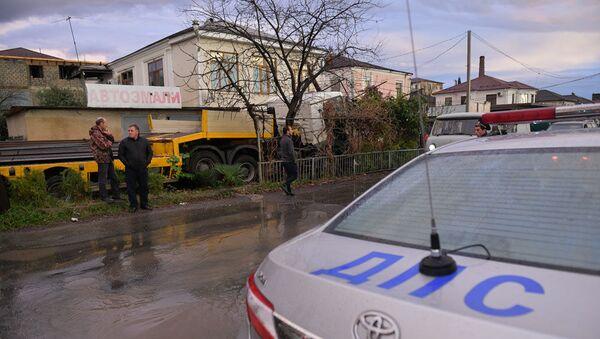 Дорожно-транспортное происшествие с участием грузовика в Сухуме на улице Агумава - Sputnik Абхазия