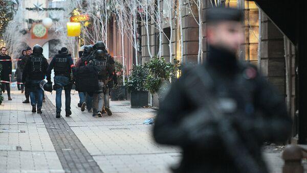 Сотрудники полиции в Страсбурге.12 декабря 2018 - Sputnik Аҧсны