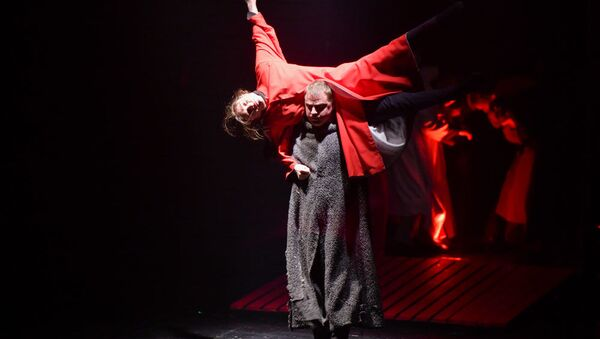 Предпремьерный показ спектакля Хаджи-Мурат  в РУСДРАМе, 16 декабря 2018 - Sputnik Абхазия