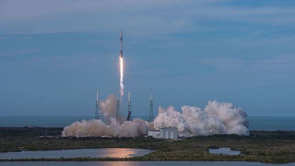 Ракета-носитель Falcon 9 - Sputnik Абхазия