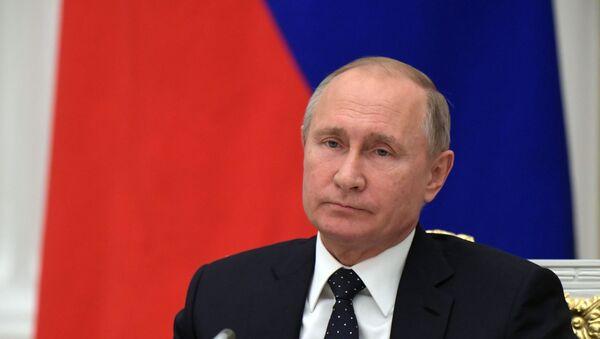 Президент РФ В. Путин провел встречу с представителями российских деловых кругов - Sputnik Аҧсны