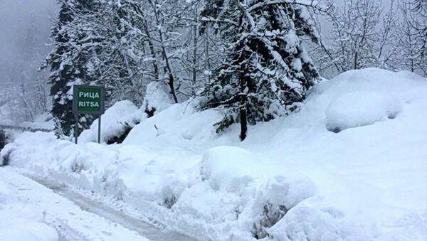Зимний путь на Рицу - Sputnik Абхазия