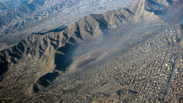 Вид на город Кабул с борта самолета. - Sputnik Абхазия