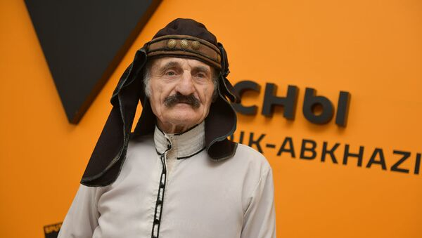 Тото Аџьапуа - Sputnik Аҧсны