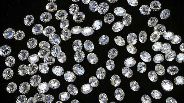 Россыпь бриллиантов. Архивное фото - Sputnik Абхазия