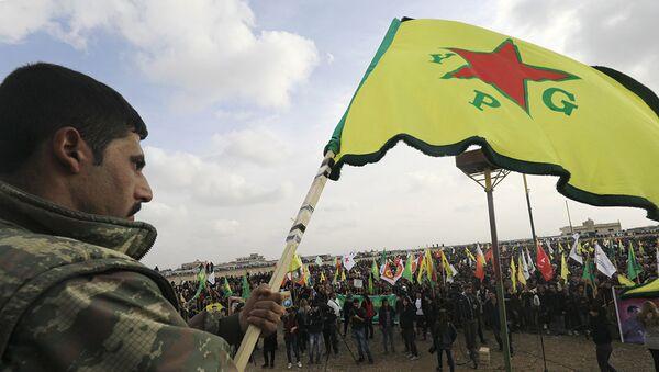 Член сил самообороны сирийских курдов (YPG) . Архивное фото - Sputnik Абхазия