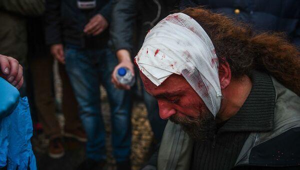 Стрингера Sputnik избили на митинге в Греции - Sputnik Аҧсны