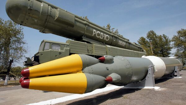 Ракетный комплекс средней дальности РСД-10 ПИОНЕР (по терминологии НАТО - SS-20).  - Sputnik Абхазия