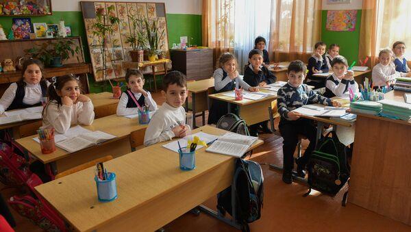 Цанбекуарская средняя школа - Sputnik Абхазия