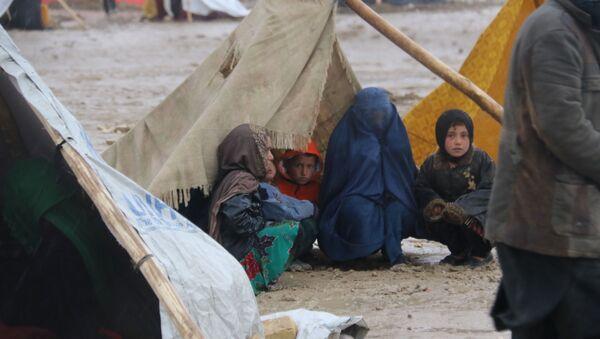 Уровень бедности в Афганистане составляет в среднем 35,8%  - Sputnik Абхазия