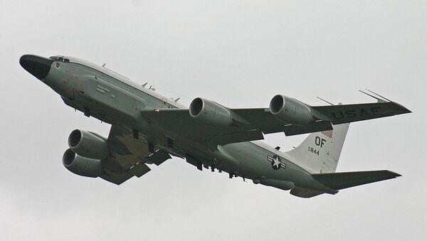Американский реактивный многофункциональный военно-транспортный самолет Boeing RC-135V - Sputnik Абхазия