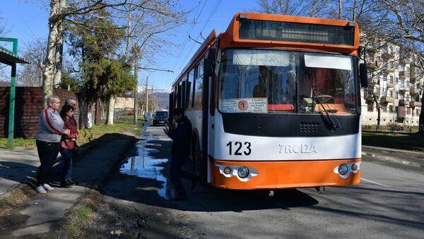 Троллейбус в Сухуме - Sputnik Аҧсны