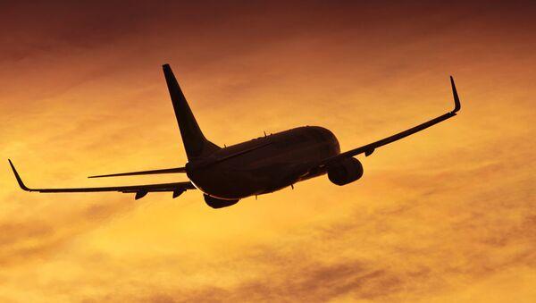 Самолет Boeing 737 - Sputnik Абхазия