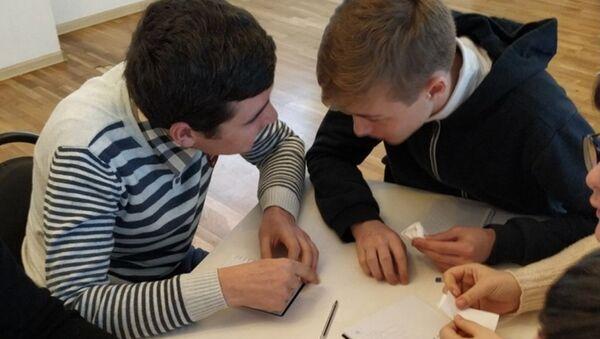 Финал интеллектуальной игры Что?Где?Когда? среди школьников в Очамчыре - Sputnik Абхазия