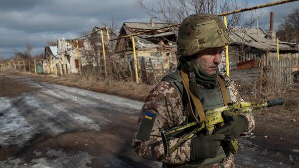 Украинский солдат - Sputnik Аҧсны