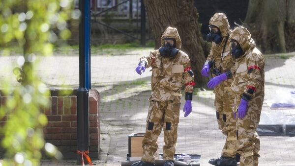 В Солсбери приступили к очистке связанных с отравлением Скрипалей мест - Sputnik Абхазия