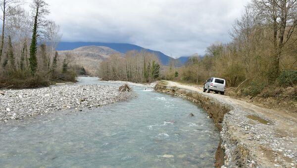 Приграничные: жители Мкялрипша рассказали о своей жизни в селе - Sputnik Абхазия