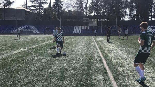 Матч между командами Гагра и Нарт в девятом туре Чемпионата Абхазии по футболу - Sputnik Абхазия