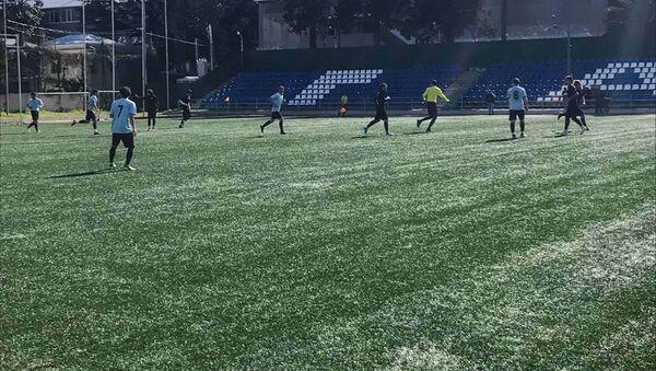 Матч футбольных клубов Гагры и Афона в городе Гагра в пятницу 5 апреля - Sputnik Абхазия