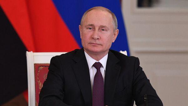 Президент РФ В. Путин встретился с президентом Анголы Ж. Лоуренсу - Sputnik Абхазия