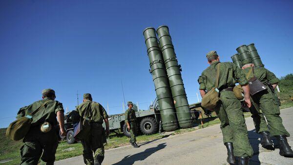 Пусковая установка зенитной ракетной системы комплекса С-400 Триумф. Архивное фото - Sputnik Абхазия