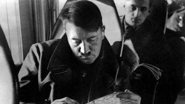 Адольф Гитлер  - Sputnik Аҧсны