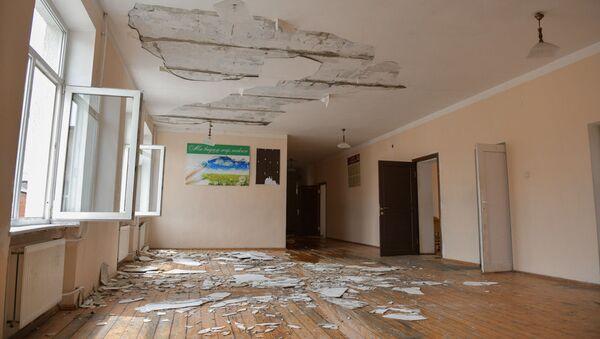 Пожар в Сухумской школе №2 - Sputnik Абхазия
