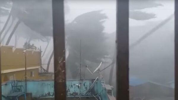 В Индии из-за мощного циклона эвакуировали более миллиона человек - Sputnik Абхазия