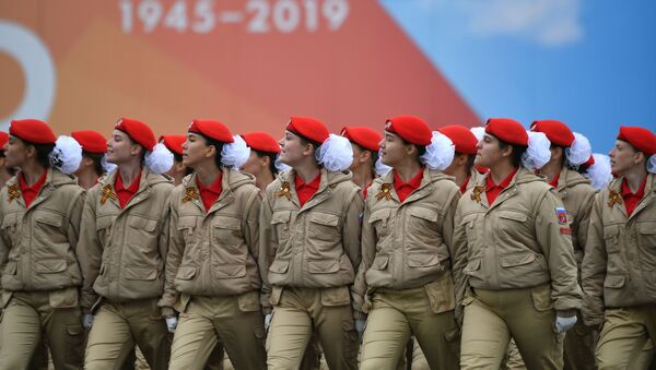 Парадный расчет Всероссийского детско-юношеского военно-патриотического общественного движения Юнармия на военном параде на Красной площади - Sputnik Абхазия